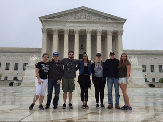 CJFS club trip to DC.JPG