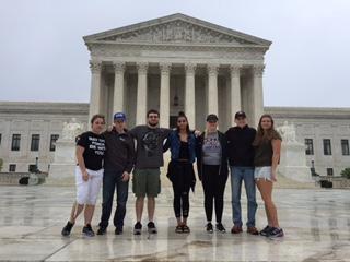 CJFS club trip to DC.JPG